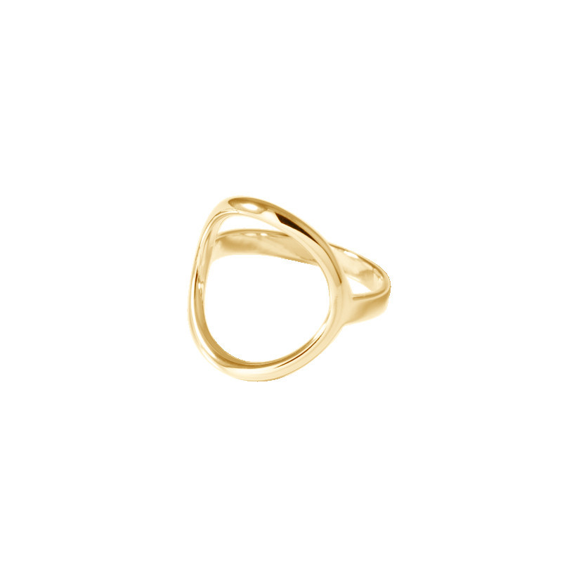 Gold-plated circle ring