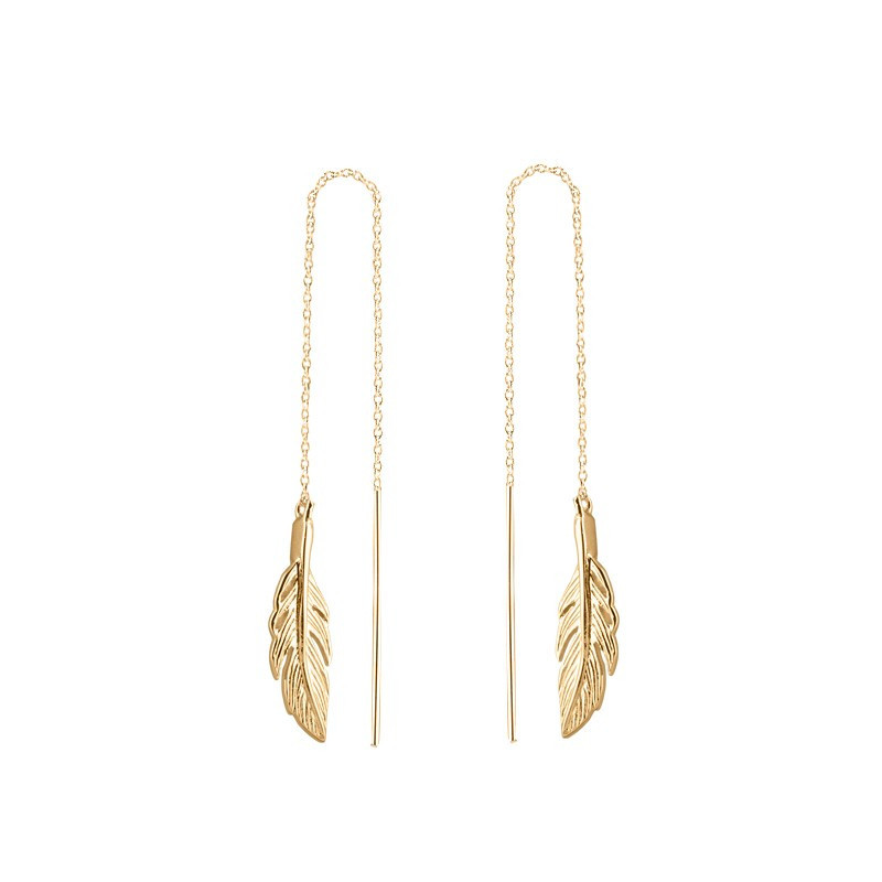 Rod and chain earrings with feather